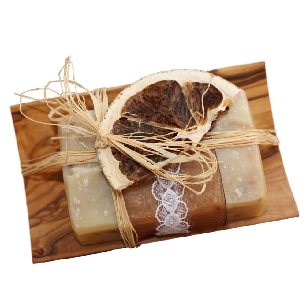 Müsliseife mit Jogurt und Olivenholz Seifenschale